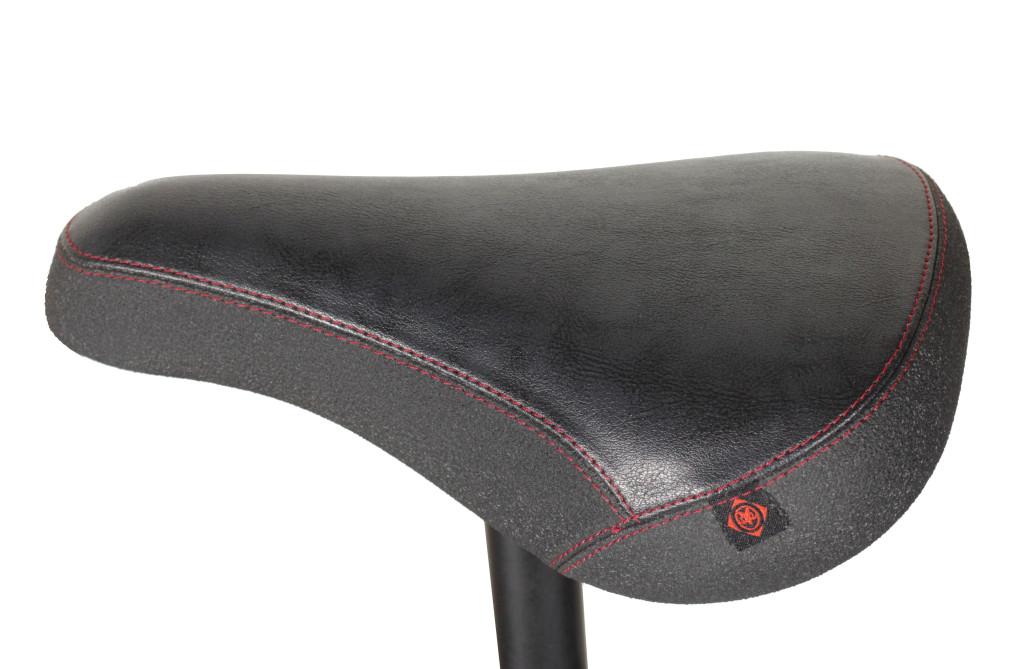 seat_black-Topside
